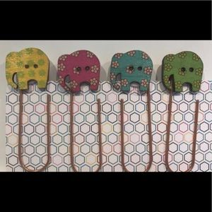 Other - Jumbo elephants wooden buttons planner clips NEW